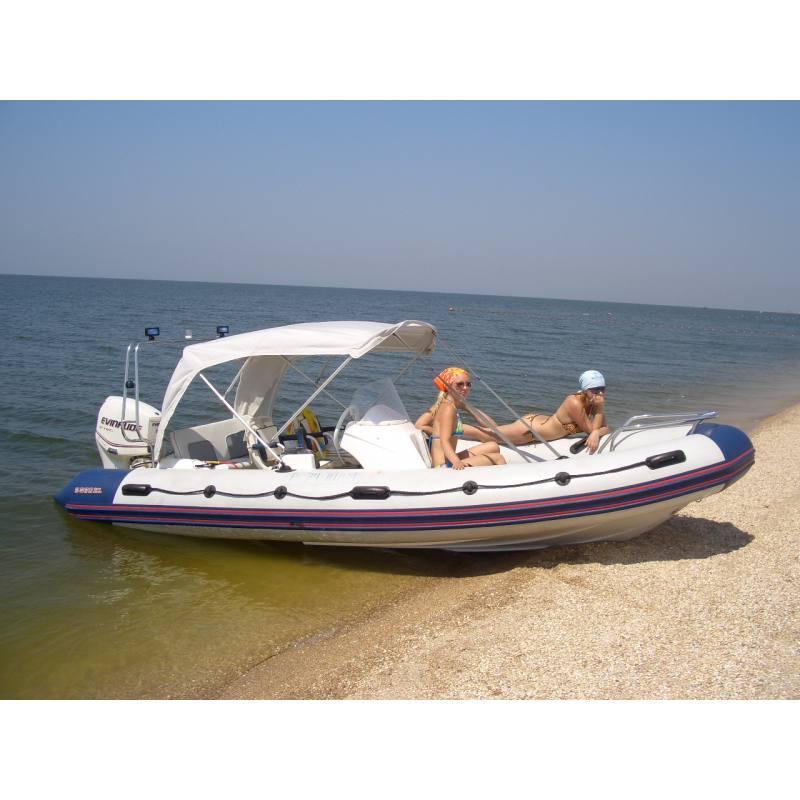 лодки с консолью и ветровым стеклом фото